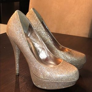 Jessica Simpson Gold Sparkle Heels
